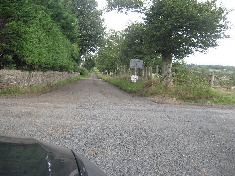 right-turn-towardslinhouse-farm